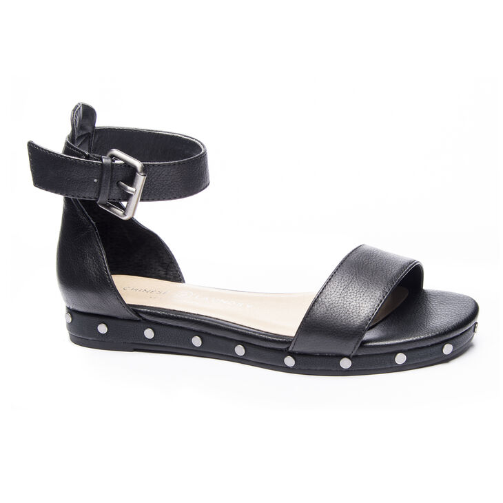 Chinese Laundry Grady Sandals in Black